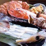 海水うに・活毛蟹など上質海鮮と 最高のコストパフォーマンス!