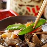 ★当店名物★~手作り~本日の根菜と鶏肉の筑前煮