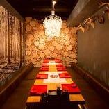 一番人気の特等席【山の間】6~8名様のご宴会に最適な完全個室