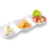 ◆鵬天閣おすすめ小籠包三種盛り合せ  ~蟹味噌小籠包1個/豚肉小籠包1個/帆立小籠包1個~