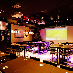 SPORTS BAR & CAFE DINING B ONE <ビーワン>の画像その2