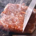 特選黒毛和牛のステーキは和牛の中でも最高級の物を使用