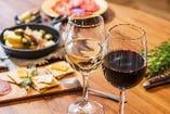 当店自慢のスペイン料理には、スペイン産ワイン!