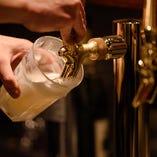 ベルギーの白ビール、生のヒューガルデンホワイトあります。