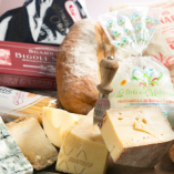 イタリアから珍しいチーズも入荷しています。