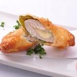 地鶏ササミのチーズイン春巻