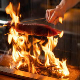 【自慢の炭火焼き】魚・肉・野菜、その日の仕入れでメニューが変わります!