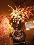 桜の装飾でお出迎え