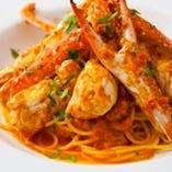 《人気メニュー》 数量限定!まるごと渡り蟹のスパゲッティー