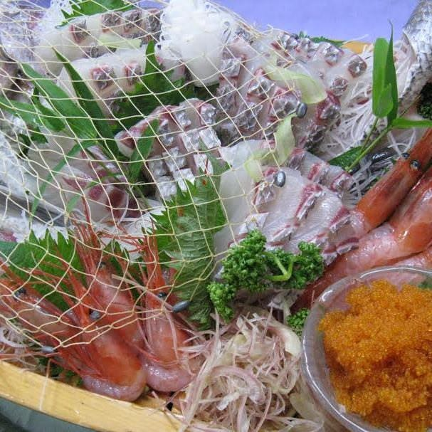 【新鮮食材】築地直送の鮪と魚介類