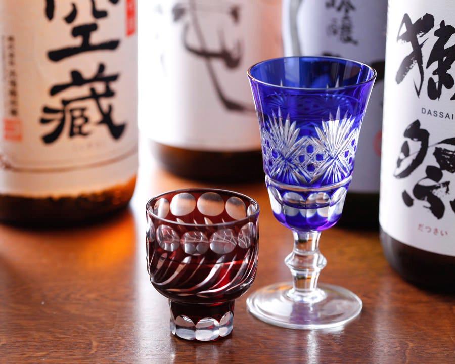 利き酒可能!約40種類の全国の地酒